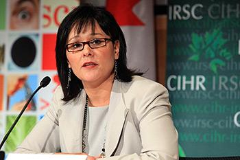 Leona Aglukkaq, Ministra de Salud de Canadá