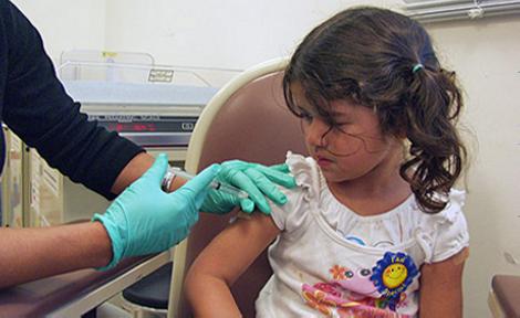Vacunas sin jeringas; los parches, alternativa del futuro